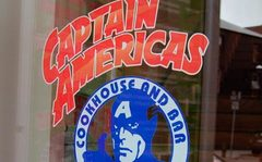 Visiter Captain America's Cookhouse & Bar